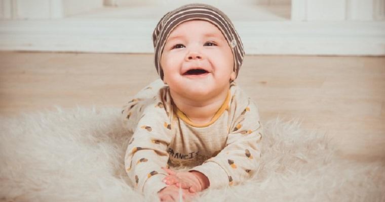 ubranka dla niemowlaków