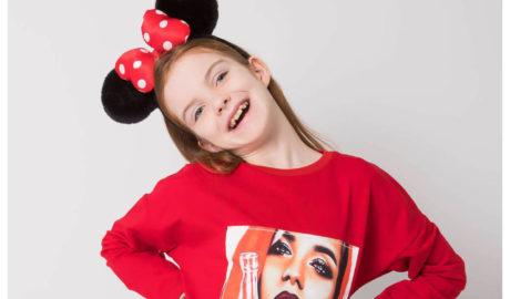 Modne bluzki dziewczęce na dzień dziecka